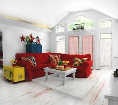 Erica Brand posted Decorating with red couch to her -For the home- postboard via the Juxtapost bookmarklet. Decor, Red Couch Decor, House Design, Pretty Apartments, Home N Decor, Family Room, Home, Decorating Small Spaces, Red Couch
