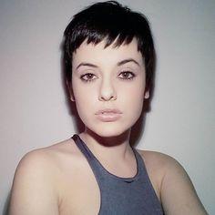 Mari Narcisos, prazer!  #pixie #shorthair #haircut #instalove #hair #pixiecuts #pixiecut #nothingbutpixie