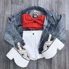 💖10:00 a 21:00hs💖 Stock renovado en todo el local! Efectivo 20% de descuento en todas las prendas y calzado ! Santa Rosa 1427. (No respondemos insta direc, CONSULTAS: 4623-5473) Cute Date Outfits, Lazy Outfits, Modern Outfits, Cute Summer Outfits, Retro Outfits, Cute Casual Outfits, New Outfits, Fashion Outfits, Fiesta Outfit