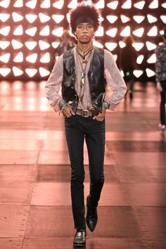 7f3bc562487 Défilé Saint Laurent 28 Hedi Slimane, French Fashion Designers, Punk Fashion,  Fashion Brand