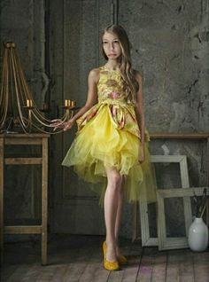 Mischka Aoki - Yellow 'You're Wonderful' Silk & Tulle Dress Cute Girl Outfits, Little Girl Dresses, Girls Dresses, Young Models, Child Models, Preteen Girls Fashion, Girl Fashion, Little Fashionista, Girl Model