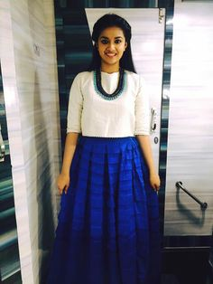 Keerthy Suresh Hot Images, Stills, Photos Indian Gowns Dresses, Indian Fashion Dresses, Dress Indian Style, Indian Designer Outfits, Skirt Fashion, Fashion Outfits, Indian Skirt And Top, 70s Fashion, Korean Fashion
