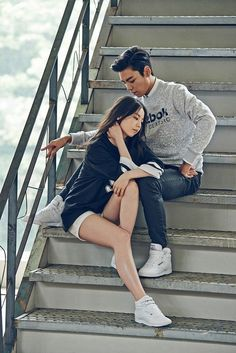 BIGBANG's T.O.P and Sohee Make a Good Looking Couple for Reebok