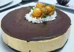 Mousse de lúcuma recipe main photo Peruvian Desserts, Passion Fruit Mousse, Cupcakes, Cravings, Cheesecake, Pudding, Cooking, Sweet, Jama
