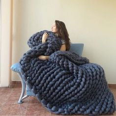 Large Knit Blanket - Super thick blanket - Hand Knitted Blanket - Giant knitting throw - Chunky Blanket Large Super Chunky Blanket Merino Wool Wool by WowKnitAndCo. Chunky Knit Throw Blanket, Hand Knit Blanket, Wool Blanket, Blanket Crochet, Thick Knitted Blanket, Blanket Ladder, Blue Blanket, Giant Knitting, Arm Knitting