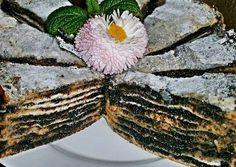Mákos rétes újragondolva Hungarian Desserts, Hungarian Recipes, My Recipes, Cookie Recipes, Favorite Recipes, Smoothie Fruit, Fudge, Sweet Tooth, Yummy Food