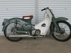 Custom and vintage motorcycle related images and information. Mostly related to chopper bobber custom digger classic vintage and old bikes. Honda Scooters, Motor Scooters, Honda Cub, Cult Following, Classic Bikes, Mini Bike, Motorcycle Bike, Cool Bikes, Bobber