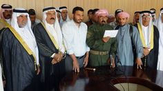 Nach langem Zögern haben Stammesvertreter aus der Stadt die Regierung gebeten, schiitische Milizen nach Ramadi zu schicken. Sie sollen den fast ausschließlich von Sunniten bewohnten Ort nun zurückerobern.
