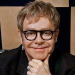 """El 25 de marzo de 1947 nació Reginald Kenneth Dwight, mejor conocido como Elton John: cantante, compositor y pianista británico de rock, glam rock y piano rock. El artista figuró en el lugar número 49 en la lista de """"Los 100 mejores artistas de la historia"""", de la revista Rolling Stone y fuereconocido por la …"""