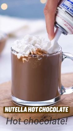 Fun Baking Recipes, Sweet Recipes, Cooking Recipes, Nutella Hot Chocolate, Hot Chocolate Recipes, Starbucks Recipes, Coffee Recipes, Yummy Drinks, Yummy Food
