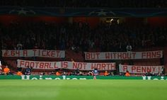 Bayern Munich fans stage protest against £64 Arsenal tickets - http://footballersfanpage.co.uk/bayern-munich-fans-stage-protest-against-64-arsenal-tickets/