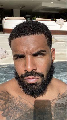 Drake Drake Photos, Drake Wallpapers, Drake Drizzy, Fire And Desire, Drake Graham, Bae, Cute Black Guys, Black Boys, Aubrey Drake
