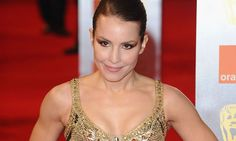 Noomi Rapace, (Swedish actress, Girl with the Dragon Tattoo) trained 6 months straight with a Siberian Thai/Box/Kickboxer for role.. serious dedication is seriously sexy