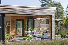 contemporary home 19 Nature Oriented Family Home in Sweden: Håkansson Tegman House