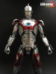 Incredible Customized Iron Man Figures