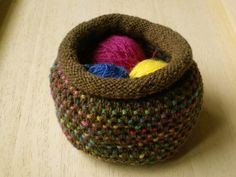 Ravelry: Dotty Pots pattern by Frankie Brown Crochet Home, Knit Crochet, Knitted Bags, Knit Bag, Knit In The Round, Palm Of Your Hand, Double Knitting, Fiber Art, Purses And Bags