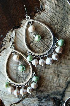 Σκουλαρικια boho με αληθινα μαργαριταρια 12€ Washer Necklace, Drop Earrings, Boho, Jewelry, Fashion, Moda, Jewlery, Jewerly, Fashion Styles