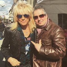 Michael also came to celebrate the new JR single.#newrelease #keeponmarching #michaelmonroe #rocklikefuck #joensuuriihimäki #friendswillbefriends