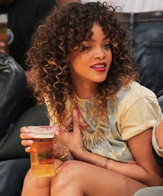 Rihanna dip dye ombré crochet braids with bangs