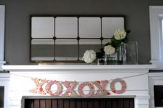 Like the idea of changing up mantle decor with string and clothes pins
