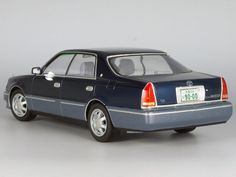 1/24 TOYOTA CROWN MAJESTA [UZS155] V8 4000 C Type i-Four