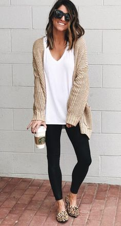 Tan cardigan outfit, cardigan fashion, black leggings outfit, women's l Tan Cardigan Outfit, Cardigan Fashion, Black Leggings Outfit Fall, Fall Fashion Leggings, Beige Cardigan, Comfy Legging Outfits, Long Sweater Outfits, Mode Outfits, Casual Outfits