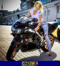 No description entered. - Honda CBR900RR - ID: 670118