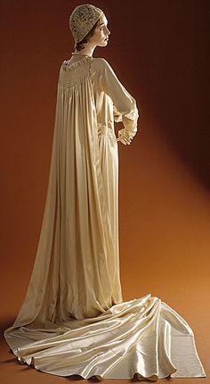 Wedding Ensemble Edward Molyneux, 1929 The Los Angeles County Museum of Art Antique Wedding Dresses, Vintage Dresses, Vintage Outfits, 1920s Wedding, Dresses Art, Vintage Weddings, Vintage Clothing, 20s Fashion, Fashion History