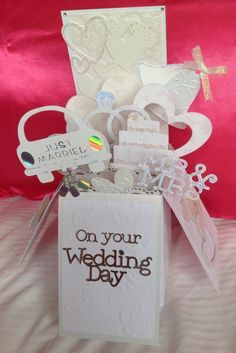 Wedding pop up box