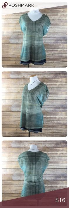 """DKNY JEANS plaid drape sleeve top PRELOVED in excellent condition, worn a few times, minor wear nothing noticeable.     details ・medium ・25.5"""" length ・19.5"""" bust   materials ・92% polyester ・8% cotton  due to lighting- color of actual item may vary slightly from photos. measurements taken with items laying flat  please don't hesitate to ask questions. happy POSHing 😊  💰 use offer feature to negotiate price 🚫 i do not trade or take any transactions off poshmark  b-42 Dkny Tops"""