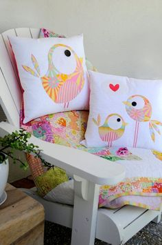 Pip and Ellie Applique Cushion Pattern - make your own gorgeous applique cushions Applique Cushions, Sewing Pillows, Applique Quilts, Bird Applique, Sewing Appliques, Applique Patterns, Applique Designs, Dress Patterns, Sewing Patterns