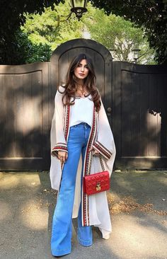 Best Outfit Styles For Women - Fashion Trends Abaya Fashion, Muslim Fashion, Kimono Fashion, Modest Fashion, Fashion Dresses, Classy Outfits, Chic Outfits, Trendy Outfits, Iranian Women Fashion