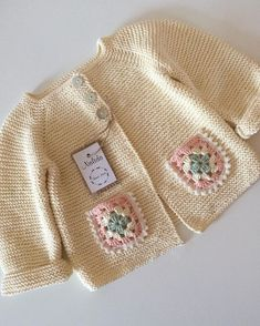 New Ideas Crochet Jacket Sweater Baby Cardigan Crochet Baby Cardigan, Knit Baby Sweaters, Knitted Baby Clothes, Crochet Jacket, Girls Sweaters, Crochet Clothes, Knitting For Kids, Baby Knitting Patterns, Baby Patterns