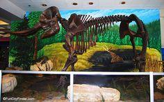 Photograph of an Indianapolis Children's Museum mastodon exhibit in Indianapolis, Indiana