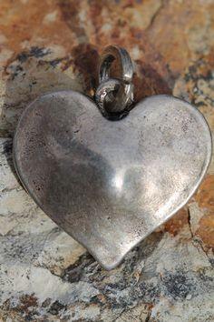 "Beautiful hammered-metal heart pendant ""charm!"""