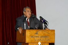 Former culture minister, 3 journalists referred to court for insulting judiciary (Egipto)   Former Culture Minister Gaber Asfour, and three Al-Bawaba journalists  have been referred to the criminal court for insulting Egypt's public prosecution.
