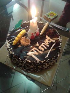 Friend'z bdae cake