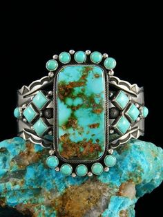 Native American Royston Turquoise Cuff Bracelet #NativeAmericanJewelry