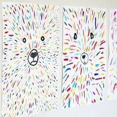 Peindre avec des glaçons de gouache : une activité rafraichissante et colorée pour cet été -