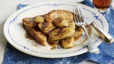 5 рецептов с бананами - бургеры, тосты, банановый хлеб, шейк и салат