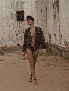 Rihanna Vogue Brazil | Rihanna-Vogue-Brazil-May-2014-09.jpg