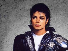 Photo gallery of Michael Jackson, last update Collection with 966 high quality pics. Michael Jackson 1987, Michael Jackson Photoshoot, Jackson Music, King Of Music, The Jacksons, Celebs, Celebrities, Joseph, Photo Galleries