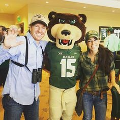 @joannagaines and I hanging with Bruiser at Baylor Homecoming. Let's go Bears. #sicem