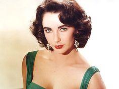Elizabeth Taylor: Hollywood's Queen