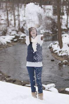 Senior Portraits in the Winter Snow – Michigan Seniors Photographer