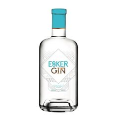 Scotland is a producer of fine – often even divine – spirits, so when Esker Gin happened upon our paths we were particularly excited Gin Festival, Scottish Gin, London Gin, Copper Still, Gin Distillery, Craft Gin, Pot Still, Gin Lovers