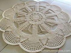 : Emily Mega Doily Rug is Here. Crochet Mat, Crochet Carpet, Crochet Dollies, Crochet Motifs, Crochet Round, Crochet Squares, Crochet Home, Love Crochet, Thread Crochet