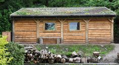 Green Oak and Larch clad shed | Green Oak shed with green ro… | Flickr