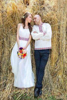 Wedding Dress Necklines, Necklines For Dresses, European Wedding, Traditional Wedding Dresses, Floral Crown, Wedding Inspiration, Wedding Ideas, Rustic Wedding, Dress Outfits