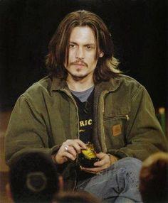 Johnny Depp wearing a Carhartt Detroit jacket. Carhartt Detroit Jacket, Carhartt Jacket, Jhoni Deep, Streetwear, Parisian Girl, Young Johnny Depp, It's Johnny, Lookbook, Mode Vintage